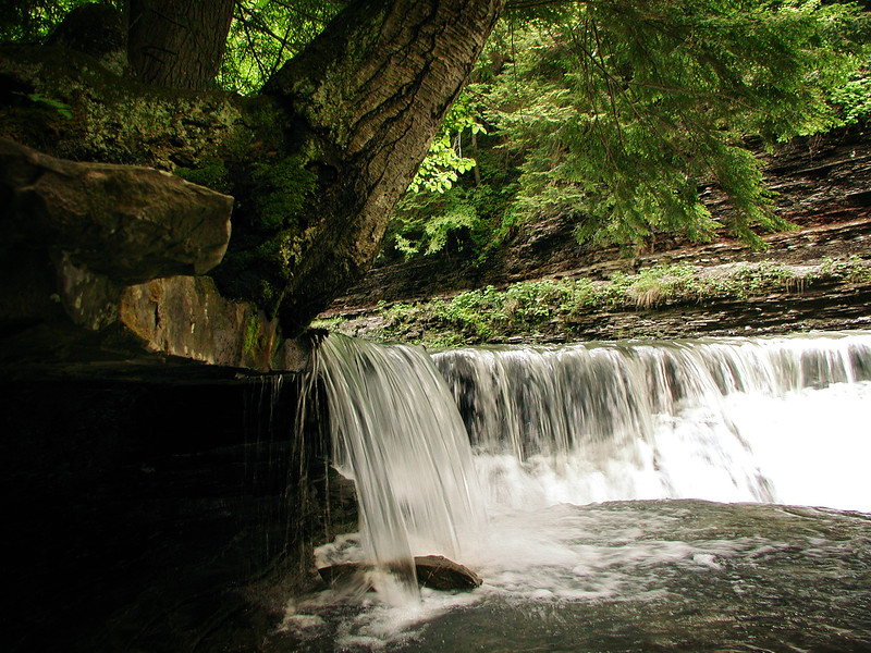 Skipping Stone Falls