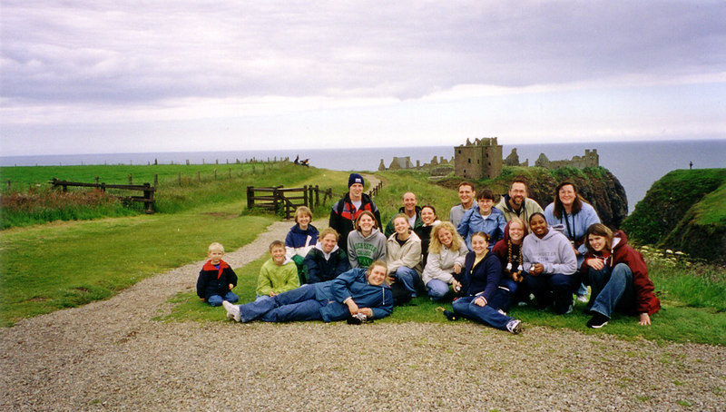 GEO :: Study Abroad program visits Dunnottar Castle in Scotland
