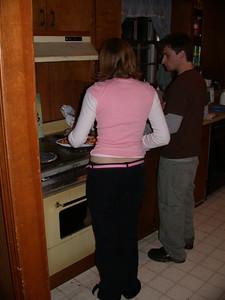 Jenn and Jon make pizza