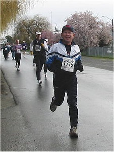 2003 Bazan Bay 5K - Garfield Saunders enjoying his race