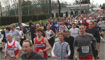 2003 Comox Valley Half Marathon - Start Scene 4