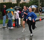 2003 Comox Valley Half Marathon - Jani Haysom finds a killer kick