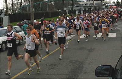 2003 Comox Valley Half Marathon - Start Scene 2