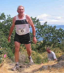 2003 Gutbuster Mount Doug - Dan Fraser at the top of the final climb