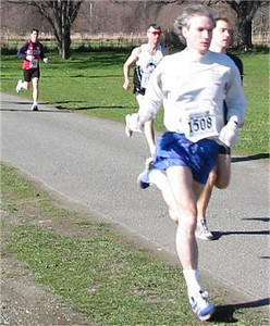 2003 Hatley Castle 8K - Rob Crawford shows good form on the grass