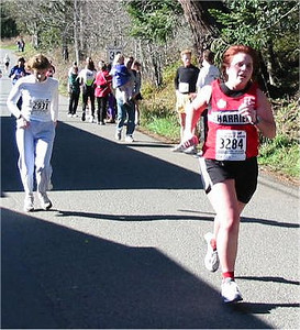 2003 Hatley Castle 8K - Alana Jones sprints for home