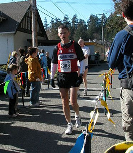 2003 Hatley Castle 8K - Paul Siluch looking just like he does after a Monday training run!