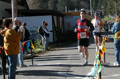 2003 Hatley Castle 8K - Walter Cantwell finishes his 2nd run of the day