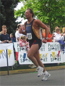 2003 Times-Colonist 10K - Mike Suminski brings it home in 43:52