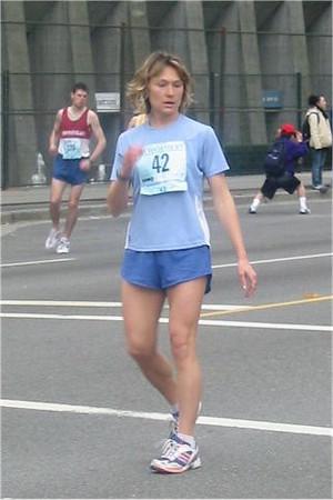 2003 Vancouver Sun Run - Barbora Brych before the start