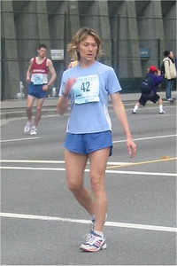 2003 Vancouver Sun Run - Barbora Brych before the start