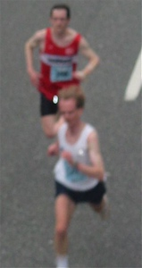 2003 Vancouver Sun Run - Odie beats Paddy to the line