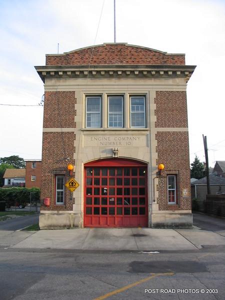20030714-bridgeport-connecticut-fire-department-ladder-10-putnam-street-004