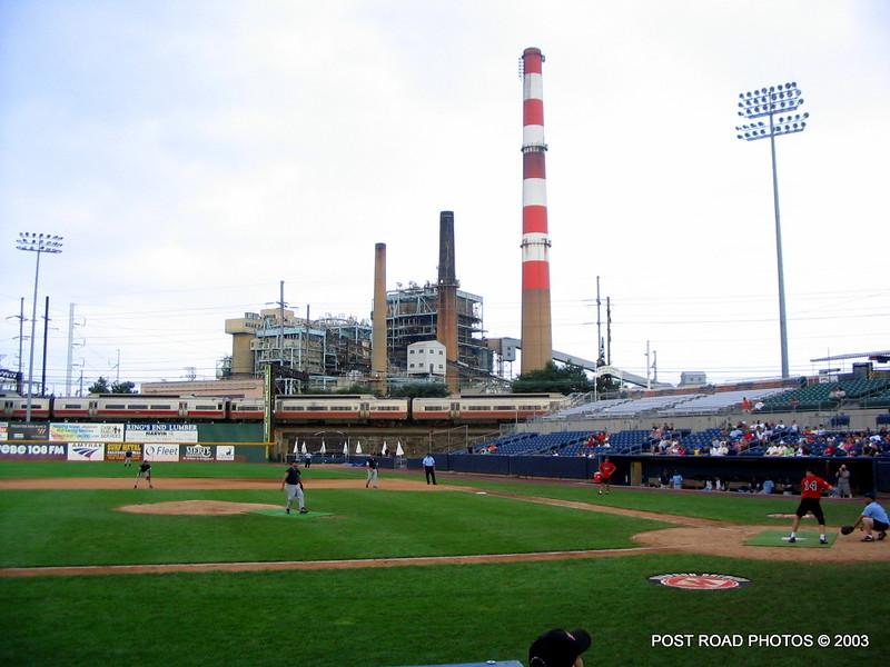 20030810-bridgeport-ct-fire-department-softball-game-harbor-yard-006