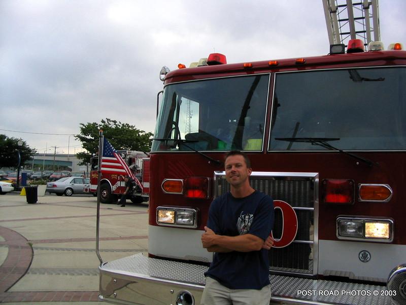 20030810-bridgeport-ct-fire-department-softball-game-harbor-yard-004