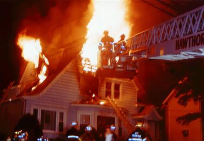 Hawthorne 11-29-03 - 2001