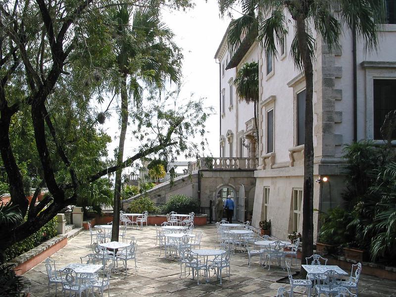 Vizcaya, north facade, with the café patio