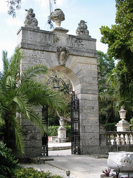 Vizcaya, archway