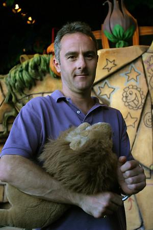 Noel's Visit 2003