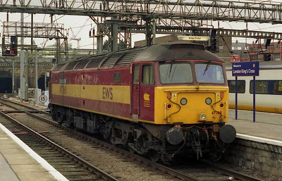 47760 'Ribblehead Viaduct' backs onto the empty stock of 1Z71 0613 charter from Preston at London Kings Cross. The train (organised in connection with anti-war protests taking place in the Capital that day) had been top-and-tailed by 47839 and 47853, but