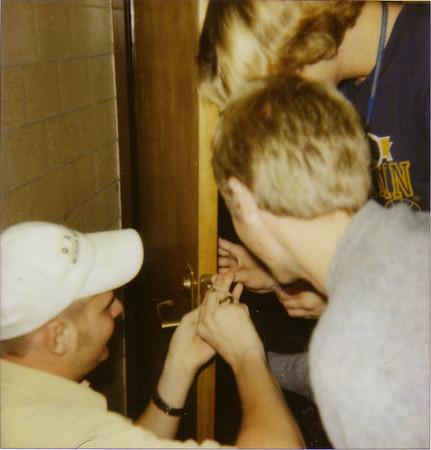 Rigging_The_Bathroom_Door.jpg