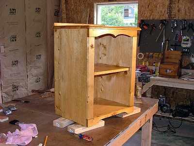 Nightstand finished 1