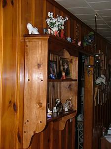 Country shelf hung