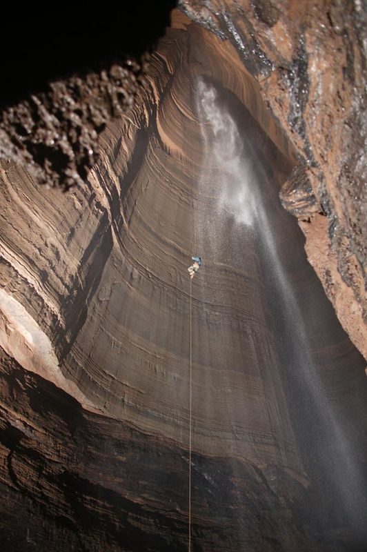 I can't take credit for this photo either.  This is another of Willie's amazing photos that he pulled off with ONE SINGLE HUGE FLASH UNIT that he built himself.  The waterfall begins at a place called the Balcony that is 510 feet above the floor of the pit.  So the Attic, where we rappelled from, is 76 feet above that.  I'm including his awesome photo so you can get an idea of the immensity of this pit...coupled with the fact that I couldn't take a pic like this in a million years!  The photos Willie takes are phenomenal!