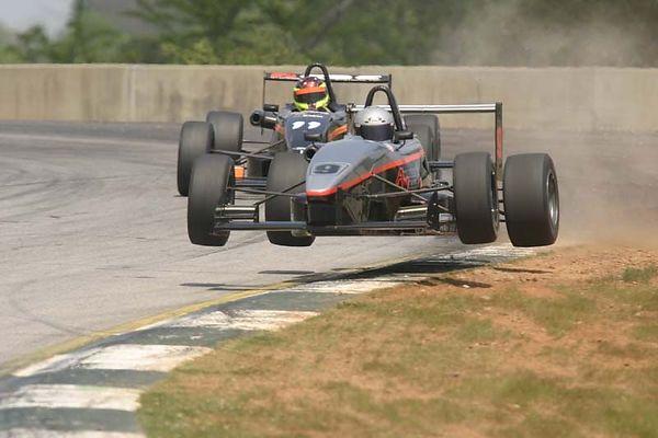 No-0409 The Cooper Tires Zetec FF2000 Championship
