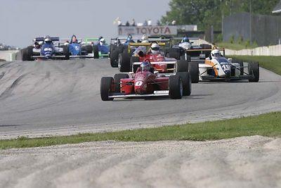 No-0416 The SCCA Kohler-Chicago Region June Sprints at Road America on June 18-20 2004
