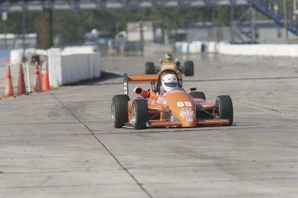 No-0428 Race Group 4 - Formula Cars