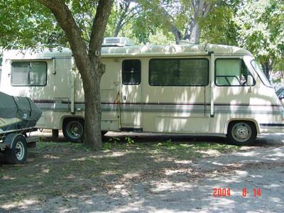 2004 Old RV & Boat