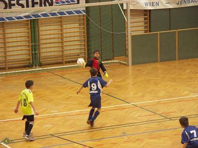 2004-12-11 Fussbalturnier Pottenstein WEB