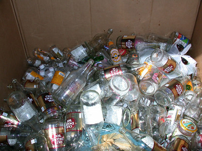 We only found 46 empty bottles, of the original 92... That leaves a lot of broken bottles