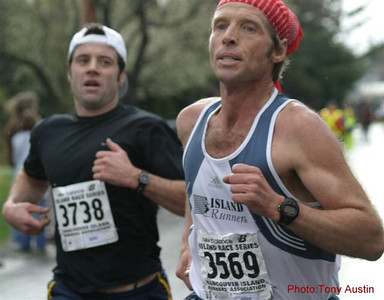 2004 Bazan Bay 5K - Michael Basanta and Kevin Searle