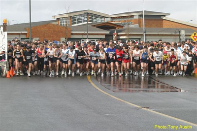 2004 Bazan Bay 5K - One of the biggest fields in Island Series history