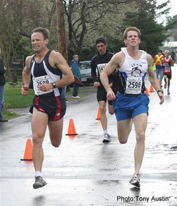2004 Bazan Bay 5K - Another epic kicking duel between Keith Wakelin and Shayne Stokes