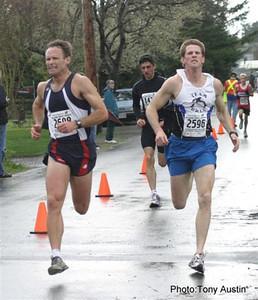 2004 Bazan Bay 5K - Another epic kicking duel between Keith Wakelin and Shayne Stokes