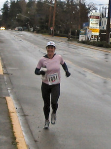 2004 Boxing Day 10-mile Handicap - Lisa Lynam finishes her first lap