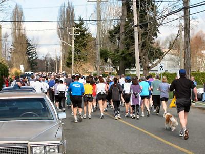 2004 Comox Valley Half Marathon - Back of the Pack