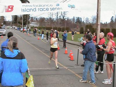 2004 Comox Valley Half Marathon - Nancy