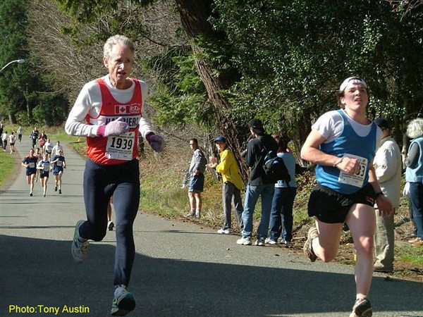 2004 Hatley Castle 8K - Rob Grant has won the M55 age group in all four 2004 series races