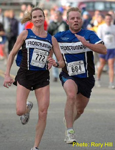 2004 Mill Bay 10K - Carla Dunn and Mike Jorgensen - 4