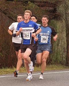 2004 Pioneer 8K - Rory Hill - Harmsworth, Chater, Trenchard, Kennell in an early-race pack