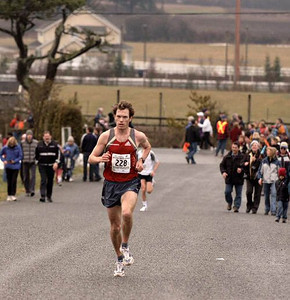 2004 Pioneer 8K - Rory Hill - Multiple race winner Jim Finlayson finishes 3rd today
