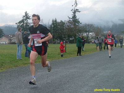 2004 Pioneer 8K - Tony Austin - Training partners Kelvin Broad and Ian Hallam