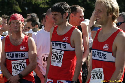 2004 Sooke River 10K - Kevin Searle, Andrew Green and Steve Murenbeeld all in classic Harrier red