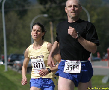 2004 Sooke River 10K - Meghan Day destroyed the course record by 3-minutes