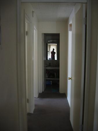 apt_hallway.JPG