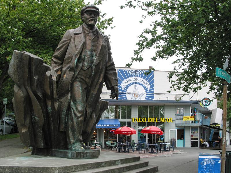 Fremont: Lenin statue